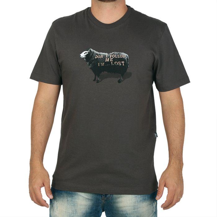 Camiseta-Lost-Don-t-Follow-Me-Sheep